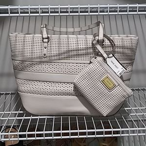 Nwt nine West White shoulder bag and coin purse